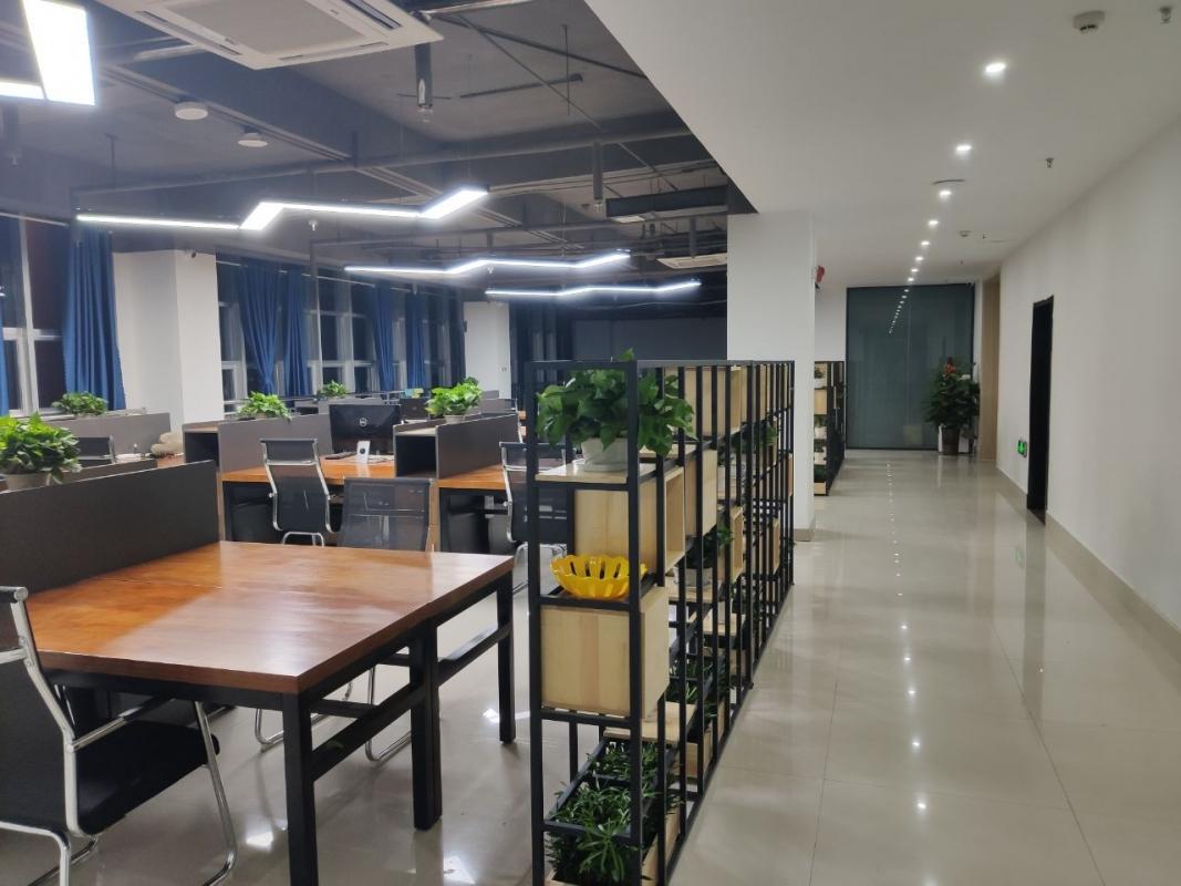 公司环境1.jpg